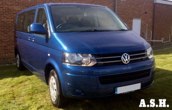 VW Transporter 9 Seater