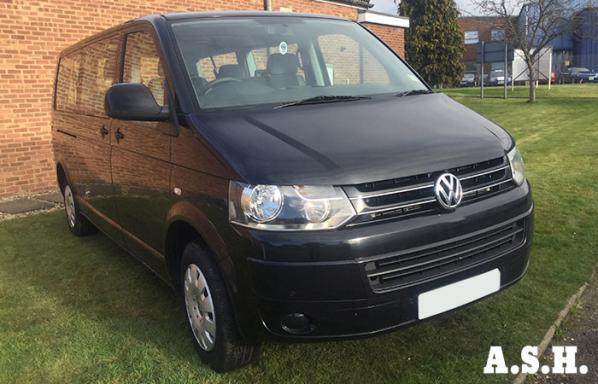 9 Seater VW Transporter